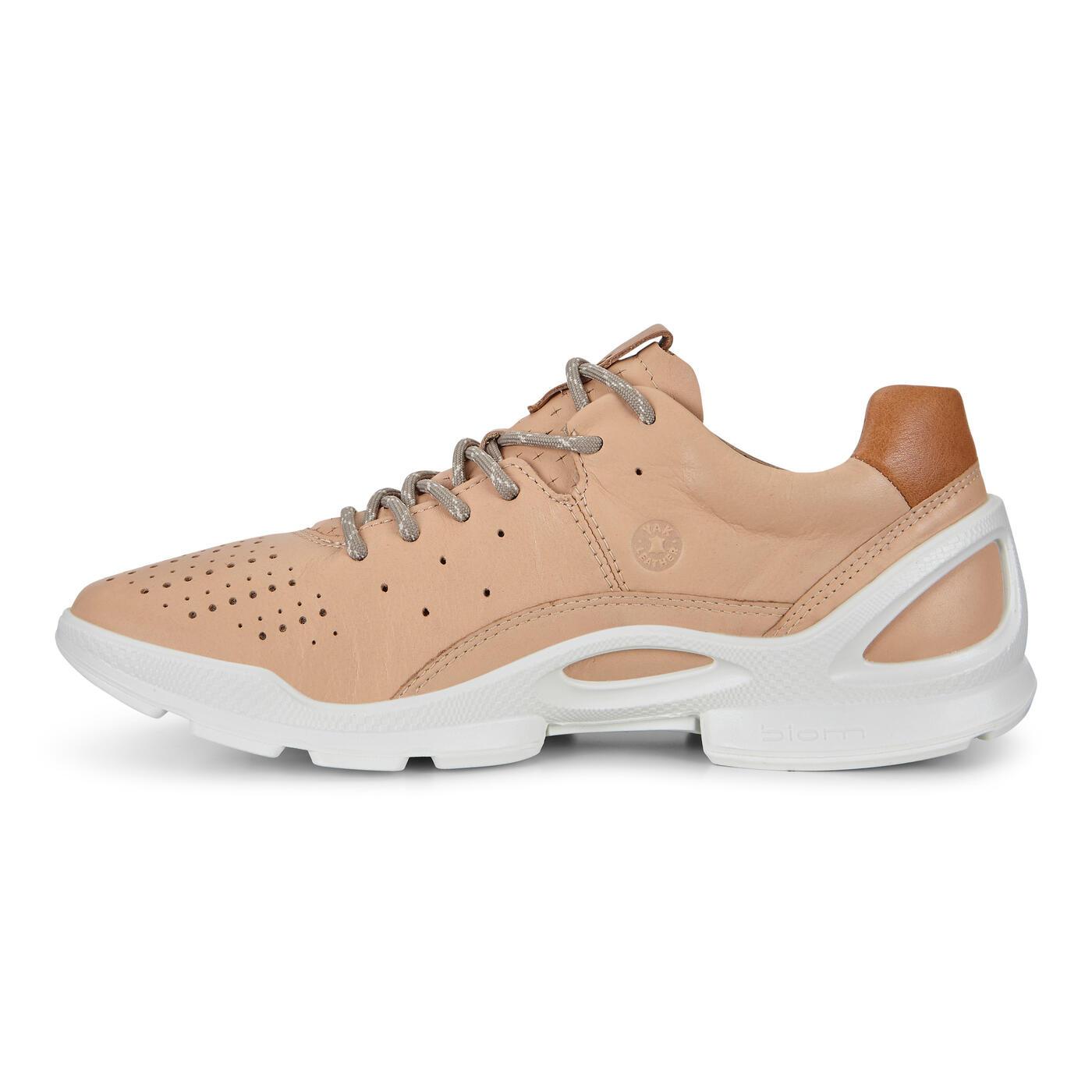 ECCO Womens BIOM Street Sneaker